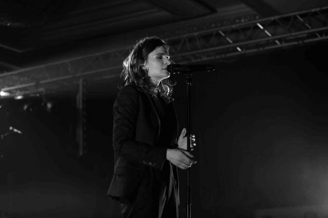 CHRISTINE & THE QUEENS - Queen of Pop. - Page 6 Lyon_810