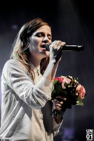 CHRISTINE & THE QUEENS - Queen of Pop. - Page 7 Mll10