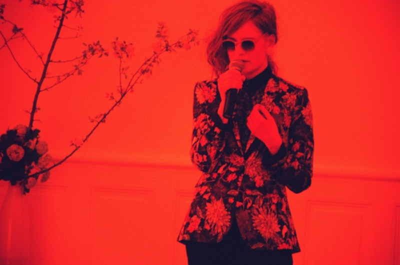 CHRISTINE & THE QUEENS - Queen of Pop. - Page 6 Nana1010