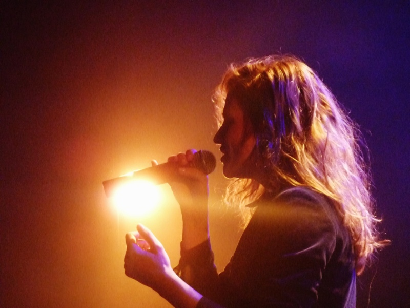 CHRISTINE & THE QUEENS - Queen of Pop. - Page 7 Paulb10