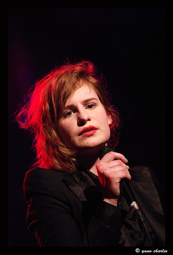 CHRISTINE & THE QUEENS - Queen of Pop. - Page 7 Reserv10