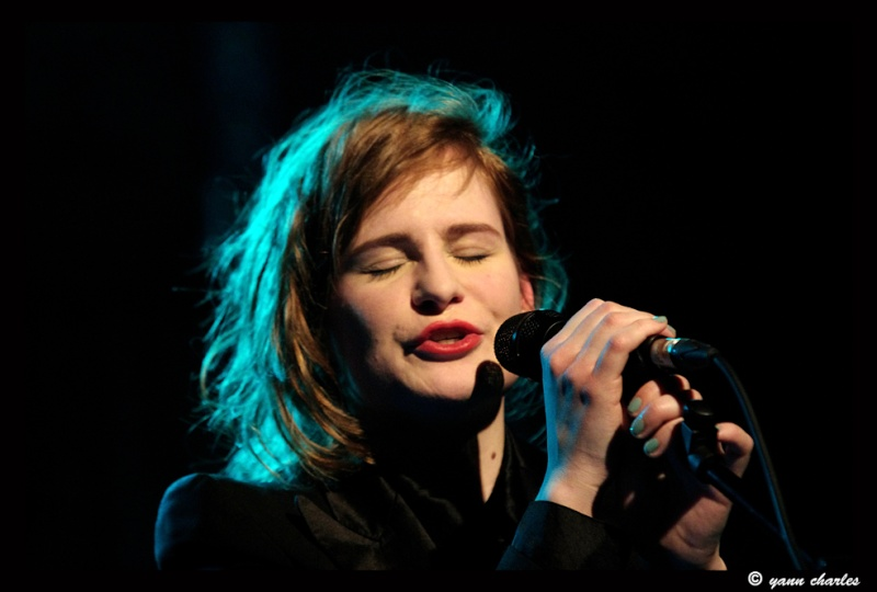 CHRISTINE & THE QUEENS - Queen of Pop. - Page 7 Reszzv10