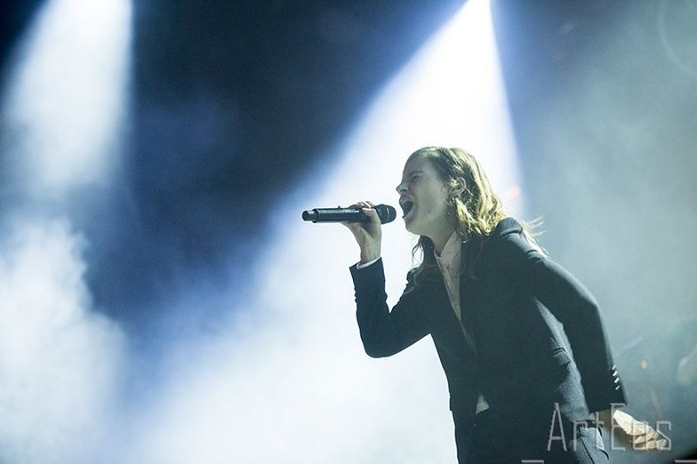 CHRISTINE & THE QUEENS - Queen of Pop. - Page 7 Tgtrh10