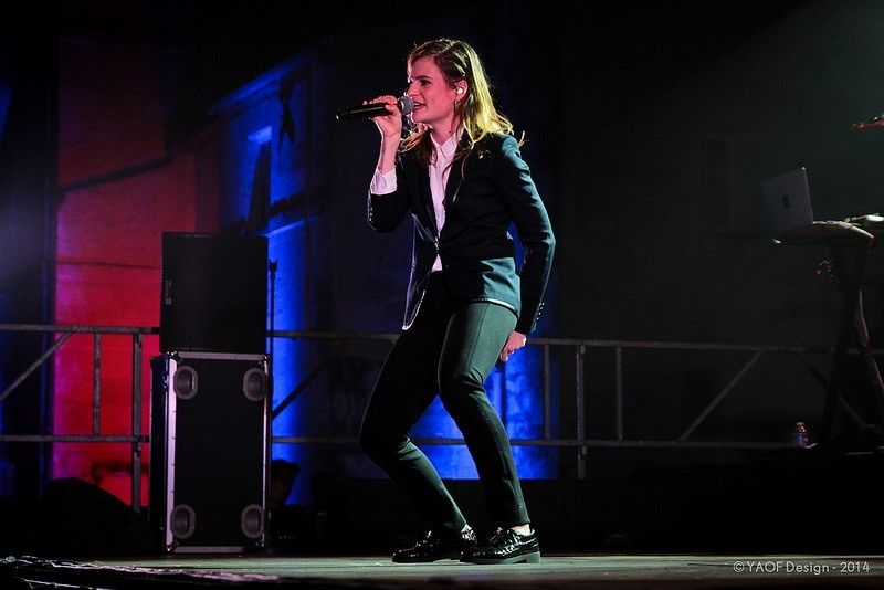 CHRISTINE & THE QUEENS - Queen of Pop. - Page 7 Ui-y10