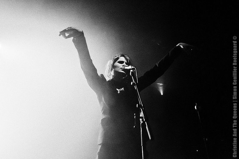 CHRISTINE & THE QUEENS - Queen of Pop. - Page 6 Yjy11