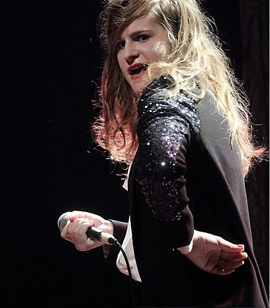 CHRISTINE & THE QUEENS - Queen of Pop. - Page 7 Ykuyk10