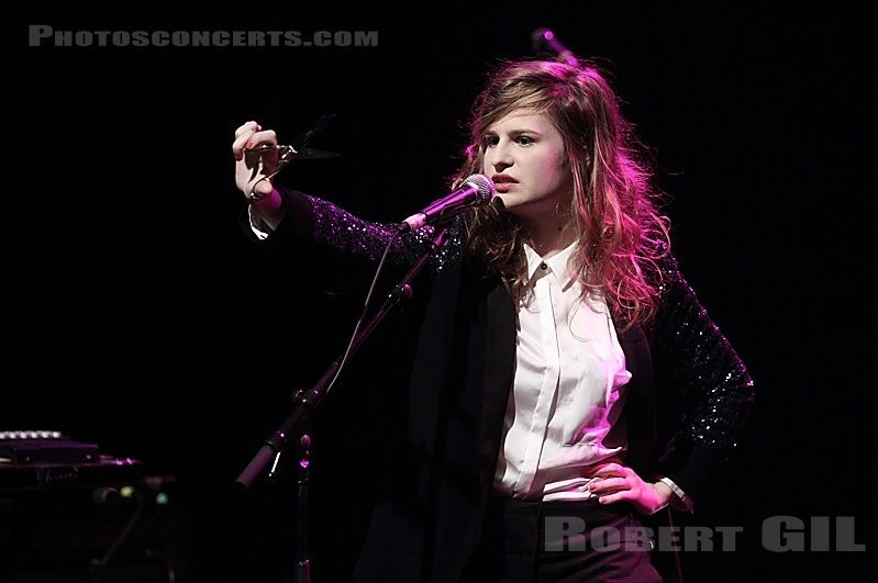 CHRISTINE & THE QUEENS - Queen of Pop. - Page 7 Yukuky10