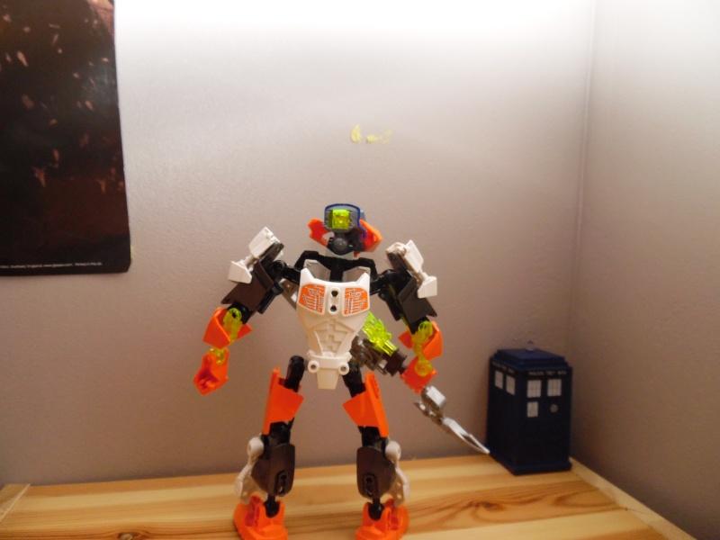 [MOC] Matakanuva : Les robots c'est cool et le steampunk aussi - Page 6 Sam_1121