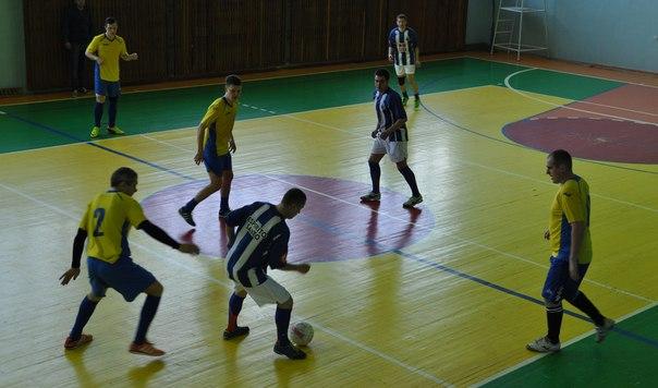 5 апреля в спорткомплексе «Артемсоль» состоялся финальный тур по мини-футболу за кубок генерального директора ГП «Артемсоль». Enaw0l10