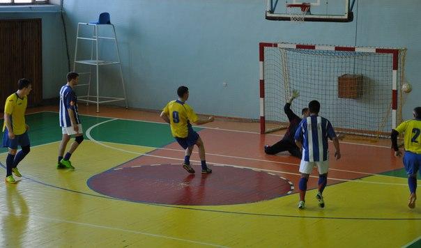 5 апреля в спорткомплексе «Артемсоль» состоялся финальный тур по мини-футболу за кубок генерального директора ГП «Артемсоль». Y5uiqk10