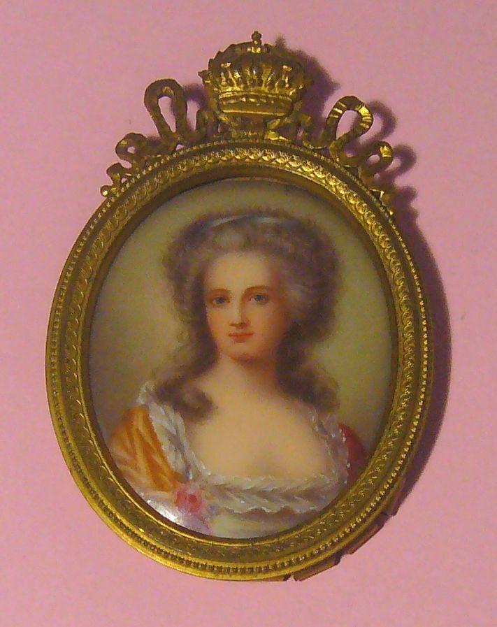 A vendre: portraits de Marie Antoinette? Zzz10
