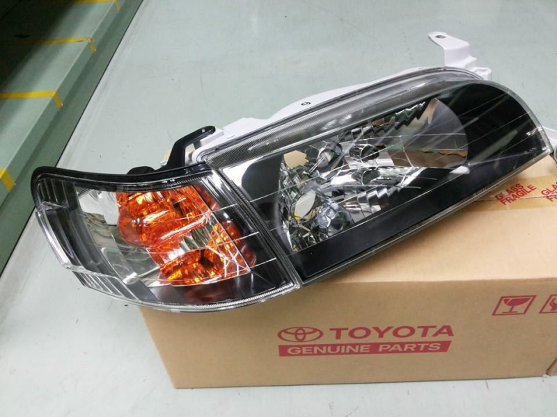 AE101 Crystal Headlights _5710