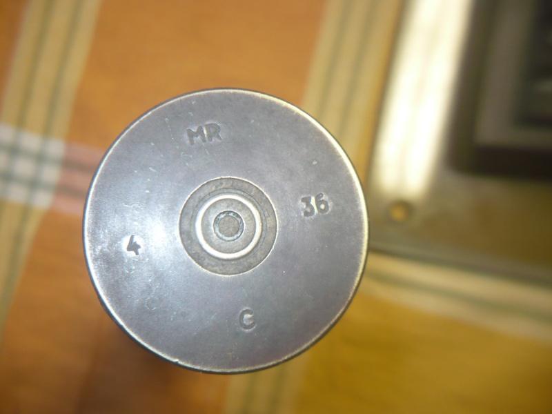 quelqu'un sait ce que c'est? P1070812