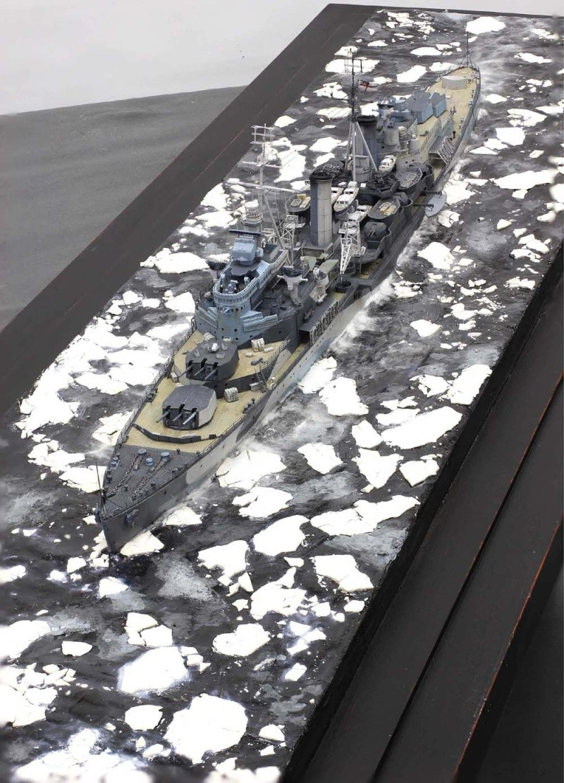 Dioramas de navires de guerre de Chris FLODBERG 04hmsb10