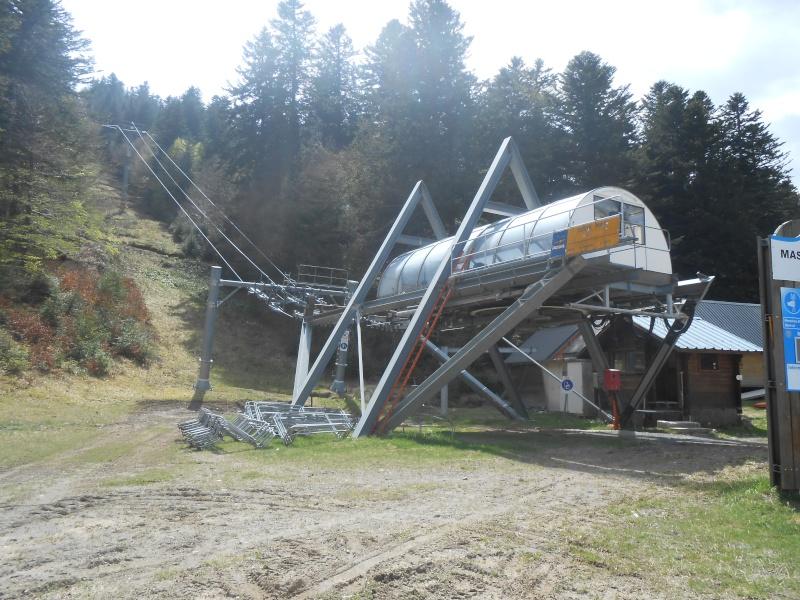 Remplacement du télésiège Masseboeuf Travaux Le Lioran 2015 Dscn2510