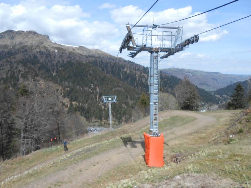 Remplacement du télésiège Masseboeuf Travaux Le Lioran 2015 Dscn2512