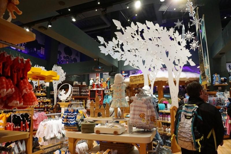 Visite du Disney Store de Times Square à New York  Dsc00213