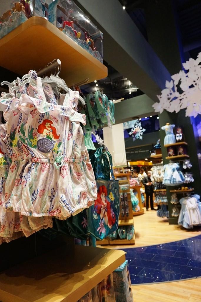 Visite du Disney Store de Times Square à New York  Dsc00220