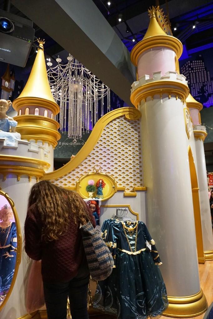 Visite du Disney Store de Times Square à New York  Dsc00221