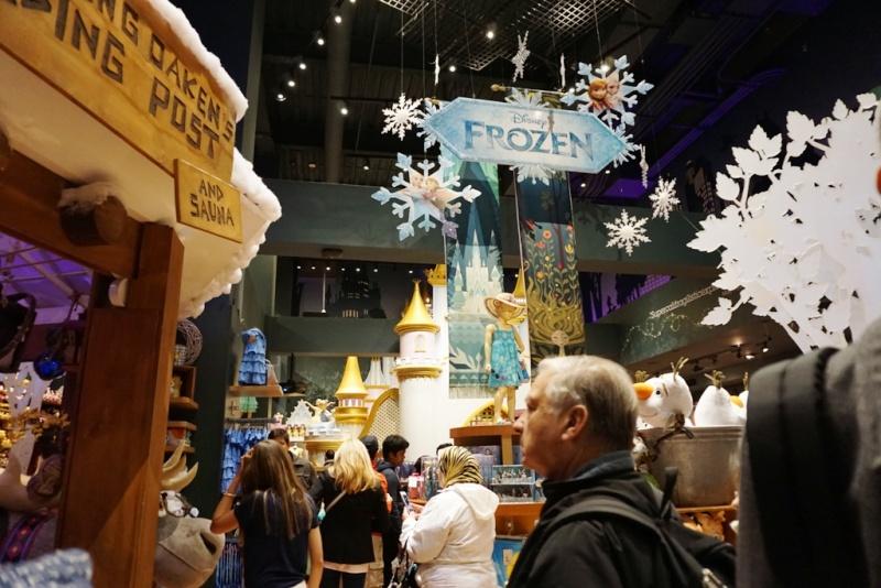 Visite du Disney Store de Times Square à New York  Dsc00229