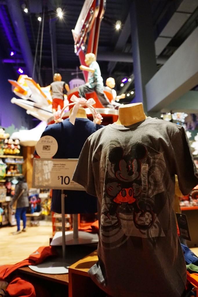 Visite du Disney Store de Times Square à New York  Dsc00233