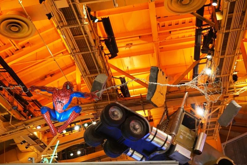 Visite du Disney Store de Times Square à New York  - Page 2 Dsc01213