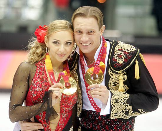 Ледовые шоу 2014-2015 - Страница 2 00210