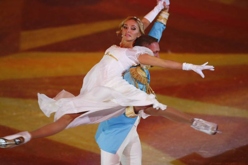 Ледовые шоу 2014-2015 - Страница 2 00212