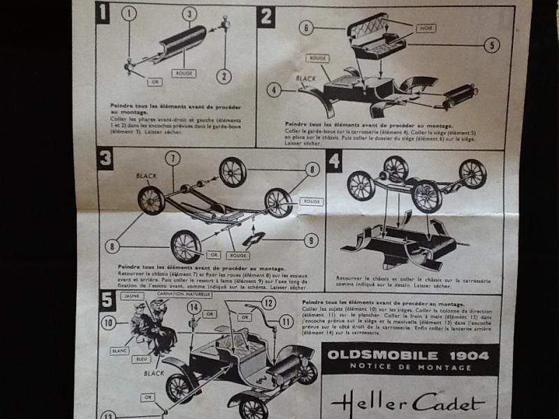 OLDSMOBILE 1904 1/32ème (?) Ref Heller11