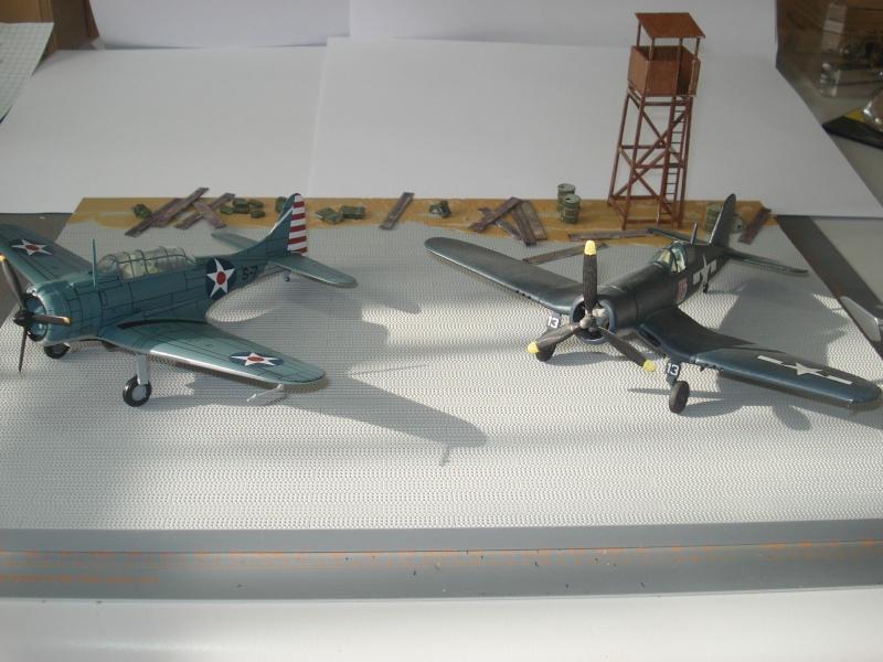 [italeri] diorama base aérienne 2e GM pacifique Dsc04511