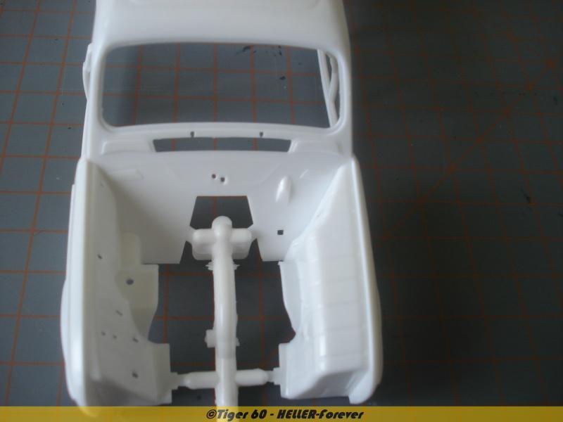 [HELLER] Renault 4L version GTL 1/24e ref : 80759 Dsc04717