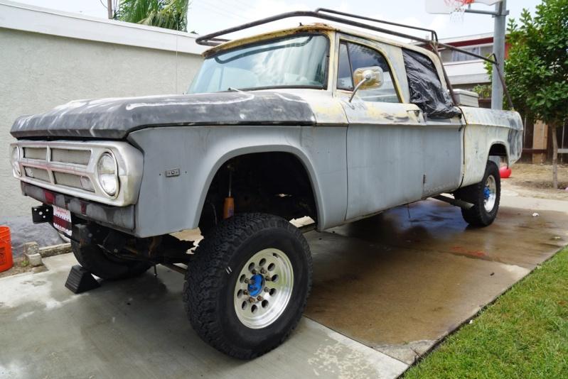 For Sale 1971 Dodge D200 Crew Cab Dsc02410