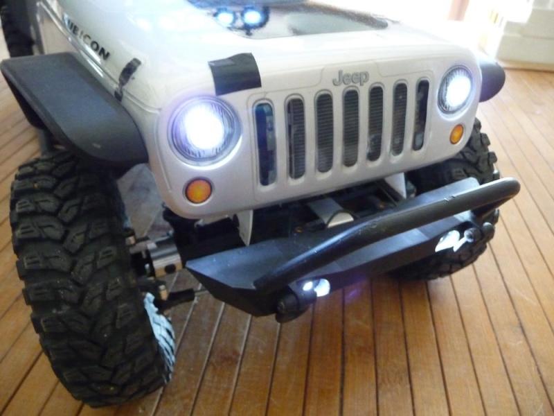 Fabriquer éclairage Led pour Scx10 et Scale Trial : feux avant, feux arrière, spot de toit, clignotants, gyrophares et feux de recul Pas Cher 4c-rub10