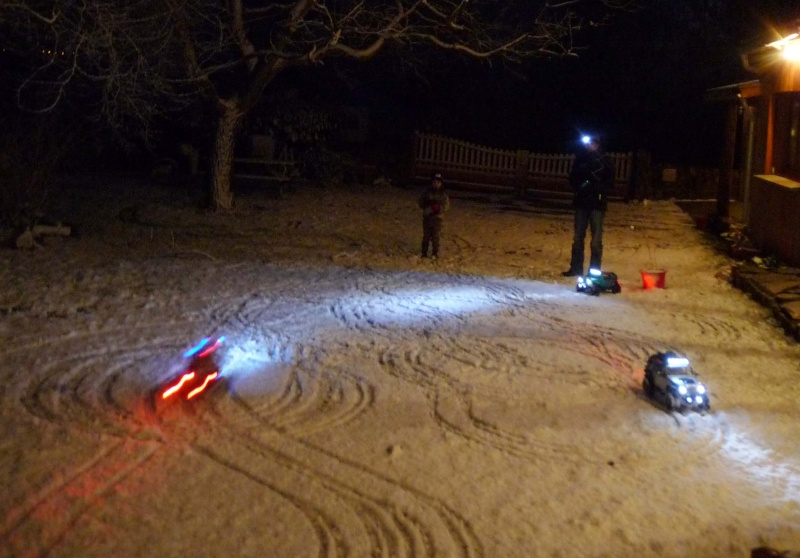 Fabriquer éclairage Led pour Scx10 et Scale Trial : feux avant, feux arrière, spot de toit, clignotants, gyrophares et feux de recul Pas Cher Nuit-n11