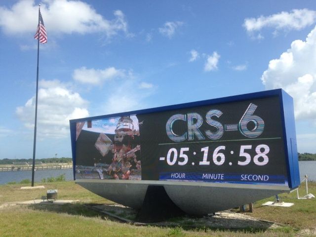 Lancement Falcon 9 / CRS-6 - 14 avril 2015 - Page 2 Cce3d710