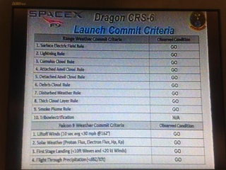 Lancement Falcon 9 / CRS-6 - 14 avril 2015 - Page 6 Cck78f10