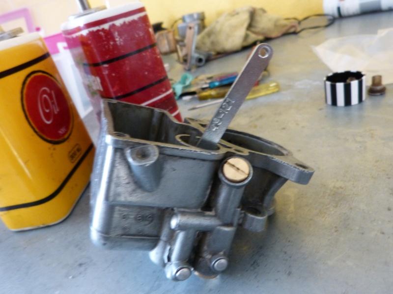 Remise à neuf du carburateur CARTER P1140815