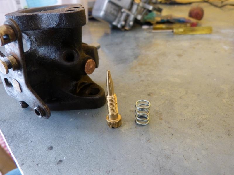 Remise à neuf du carburateur CARTER P1140817