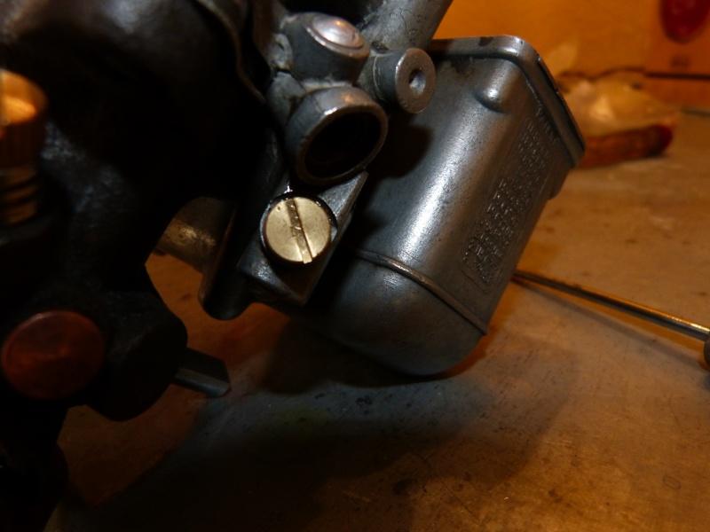 Remise à neuf du carburateur CARTER P1140822
