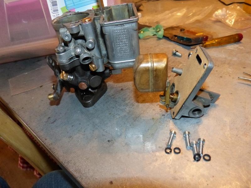Remise à neuf du carburateur CARTER P1140827