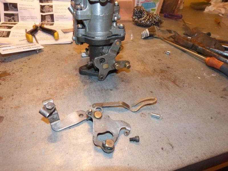 Remise à neuf du carburateur CARTER P1140844