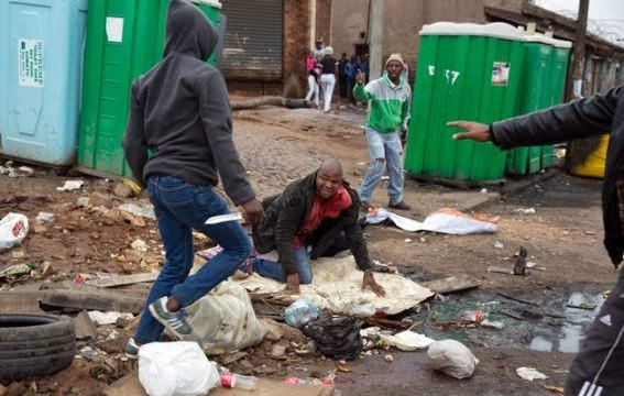 SA Xenophobic Attacks: The brutal death of Emmanuel Sithole  510