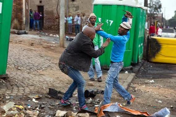 SA Xenophobic Attacks: The brutal death of Emmanuel Sithole  Sithol10