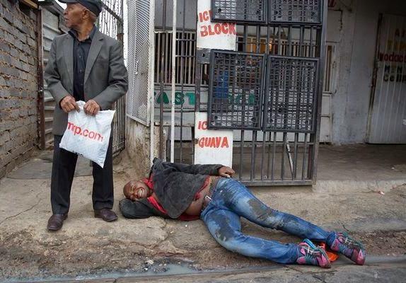 SA Xenophobic Attacks: The brutal death of Emmanuel Sithole  Xeno2b11
