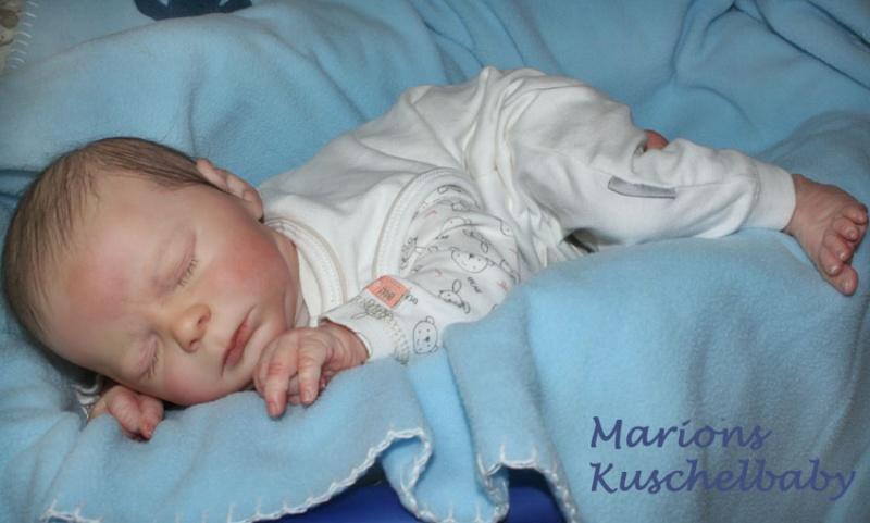 KASE  asleep Bauchl11
