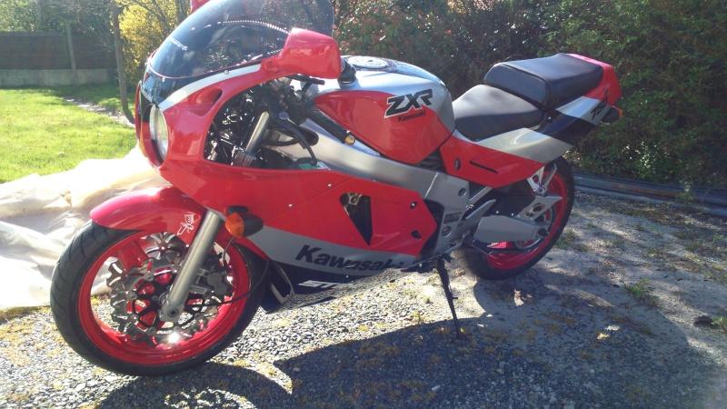 le h2 rouge......une classe au dessus Dsc_0012