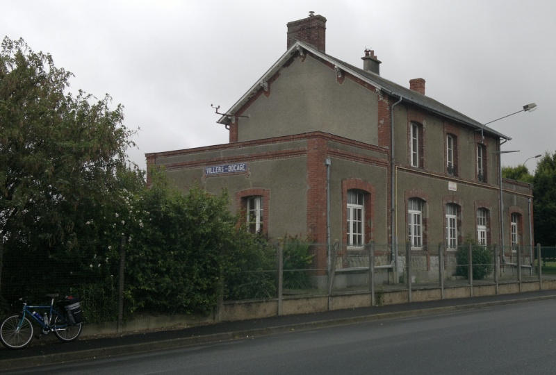 La ligne Caen-Vire - Page 2 Url_vi10