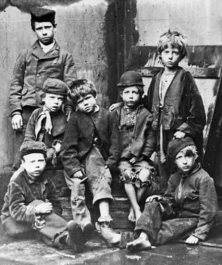 L'esclavagisme : Une facette méconnue de l'histoire...La traite des blancs  310