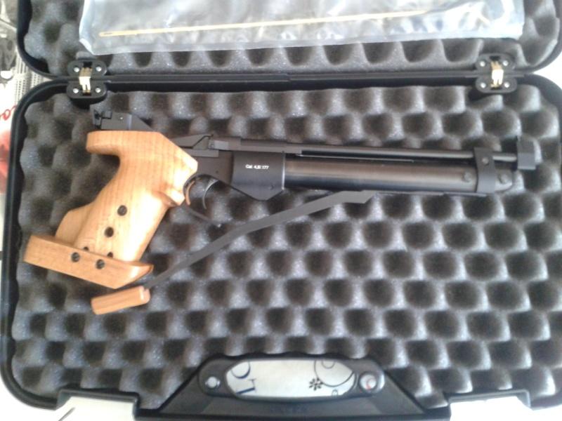 (achat du baikal mp46 effectué)-recherche pistolets genre baikal mp46, FAS6004 a prix similaire. - Page 3 20150426