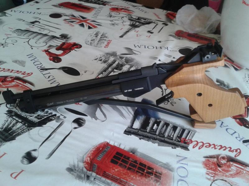 (achat du baikal mp46 effectué)-recherche pistolets genre baikal mp46, FAS6004 a prix similaire. - Page 3 20150428
